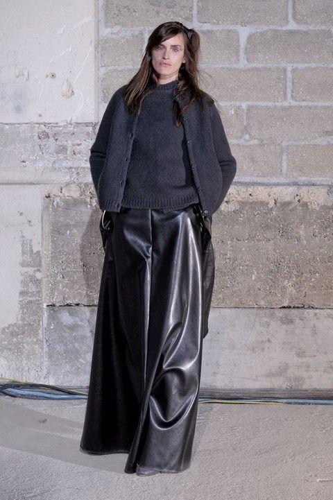 Sleeve, Textile, Style, Formal wear, Black, Street fashion, Costume design, Costume, Fashion model, Fashion design,
