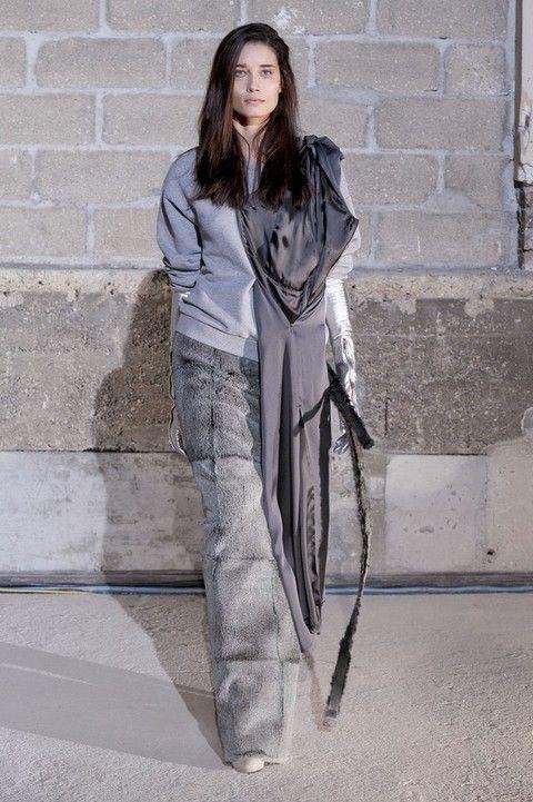 Sleeve, Textile, Style, Street fashion, Fashion model, Grey, Fur, Long hair, Model, Photo shoot,