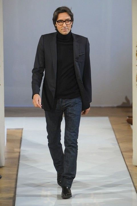 Clothing, Glasses, Sleeve, Trousers, Denim, Textile, Outerwear, Collar, Standing, Style,