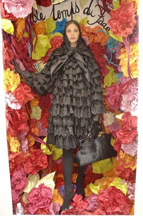 Human, Yellow, Red, Textile, Petal, Style, Magenta, Fashion, Pattern, Orange,
