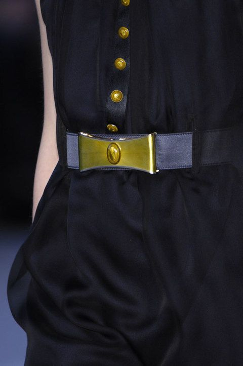 Collar, Sleeve, Textile, Dress shirt, Formal wear, Pocket, Uniform, Fashion, Black, Blazer,