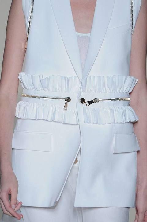 Product, Collar, Textile, White, Style, Pattern, Fashion, Ivory, Fashion design, Design,