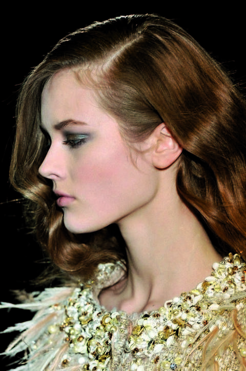 Head, Lip, Hairstyle, Chin, Forehead, Eyebrow, Eyelash, Style, Beauty, Fashion,