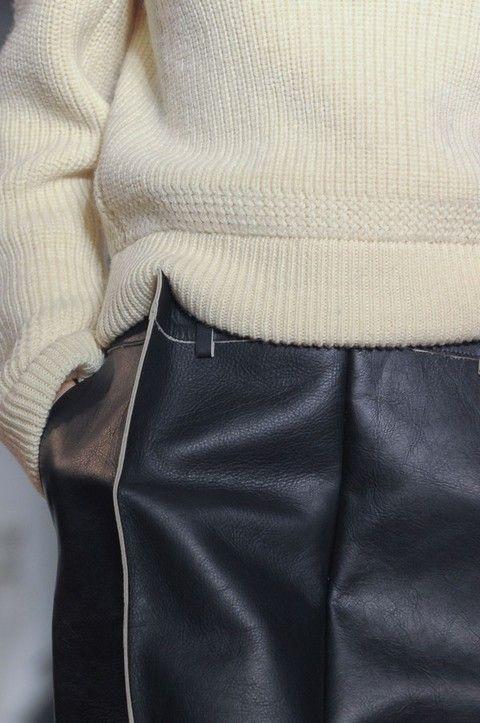 Textile, Outerwear, Collar, Pocket, Leather, Beige, Blazer, Khaki, Button, Cuff,
