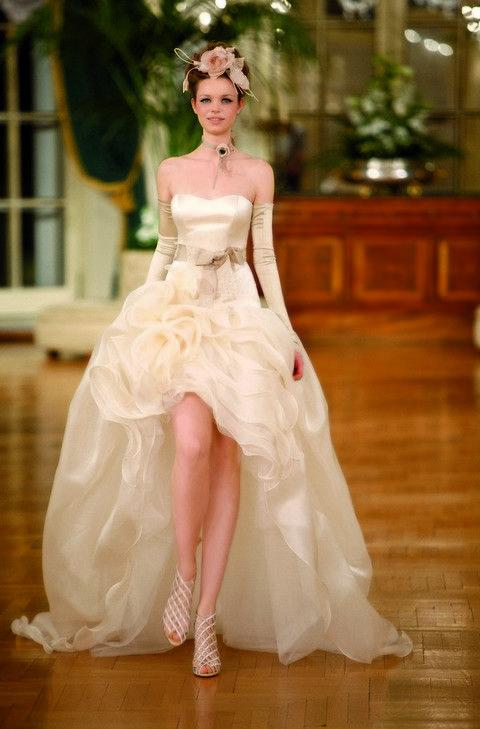 Clothing, Floor, Dress, Flooring, Shoulder, Textile, Shoe, Bridal clothing, White, Wedding dress,