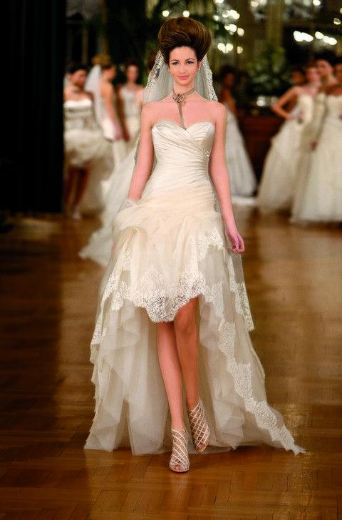 Shoe, Shoulder, Floor, Dress, Flooring, White, Bridal clothing, Formal wear, Gown, Wedding dress,