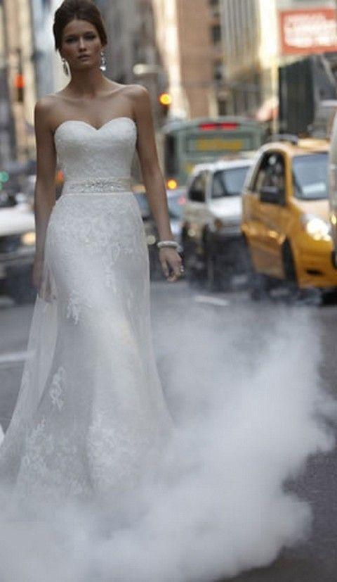 Clothing, Bridal clothing, Shoulder, Dress, Textile, Photograph, Joint, Wedding dress, Strapless dress, White,