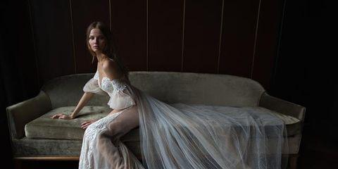 La top model Angel Magdalena Frackowiak è il nuovo volto del marchio di abiti da sposa Berta