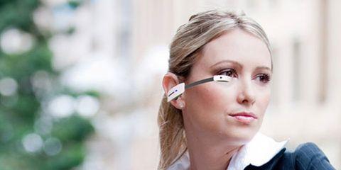 Lip, Hairstyle, Eyebrow, Collar, Eyelash, Jaw, Street fashion, Beauty, Earrings, Blond,
