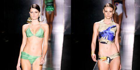 Human, Leg, Skin, Human body, Human leg, Fashion show, Waist, Fashion model, Thigh, Beauty,