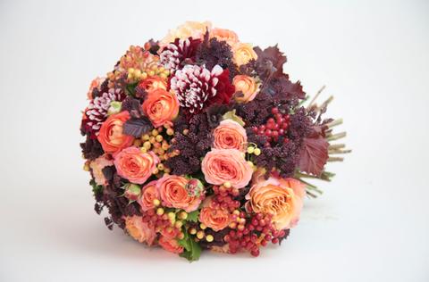 Bouquet, Petal, Flower, Cut flowers, Floristry, Flower Arranging, Orange, Floral design, Peach, Rose family,