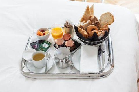 Serveware, Food, Ingredient, Dishware, Tableware, Meal, Cuisine, Recipe, Dish, Egg,