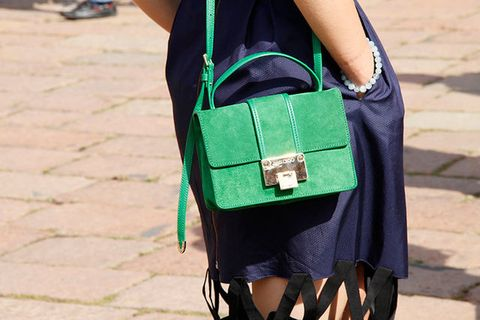 Green, Bag, Joint, Luggage and bags, Street fashion, Teal, Fashion, Shoulder bag, Turquoise, Strap,