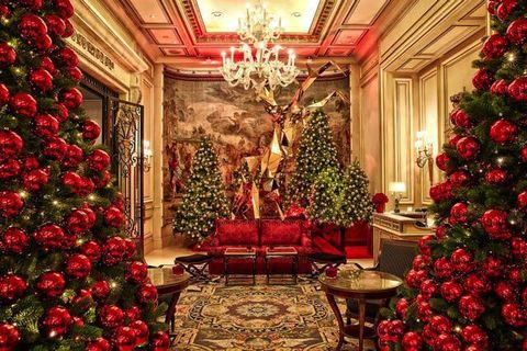 Lighting, Christmas decoration, Interior design, Event, Room, Red, Christmas ornament, Interior design, Christmas tree, Holiday ornament,