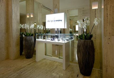 Lighting, Wood, Interior design, Floor, Flooring, Room, Hardwood, Interior design, Glass, Wood flooring,