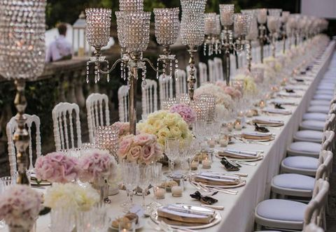 Tablecloth, Dishware, Stemware, Pink, Glass, Drinkware, Decoration, Linens, Tableware, Function hall,