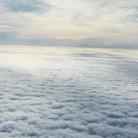 Daytime, Atmosphere, Atmospheric phenomenon, Horizon, Fluid, Azure, Sunlight, Cumulus, Space, Calm,