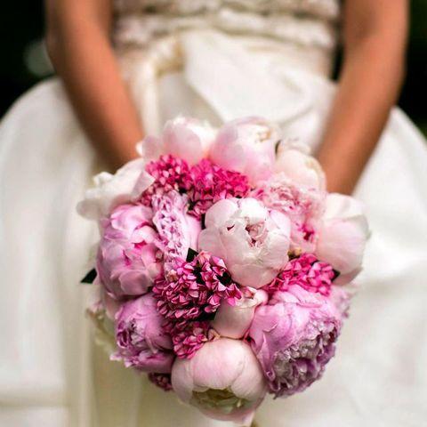 Petal, Flower, Pink, Cut flowers, Nail, Bouquet, Flowering plant, Artificial flower, Floristry, Flower Arranging,