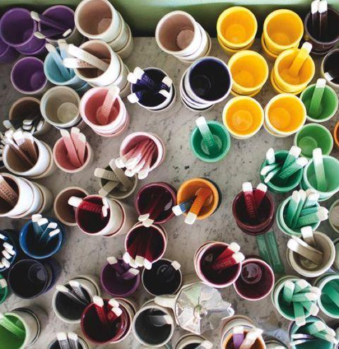 Colorfulness, Pink, Purple, Magenta, Paint, Carmine, Violet, Creative arts, Cup, Dye,
