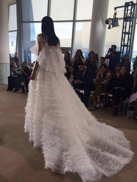Shoulder, Textile, Bridal clothing, Gown, Floor, Style, Formal wear, Dress, Wedding dress, Flooring,