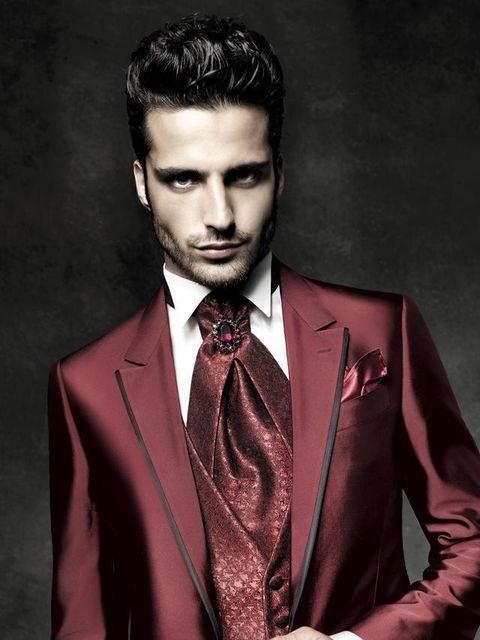 c84617acf0 Carlo Pignatelli Cerimonia: abiti da sposa & sposo 2015 in color marsala