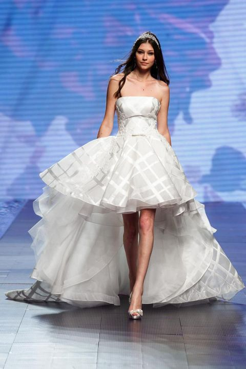 Blue, Shoulder, Dress, Textile, Joint, One-piece garment, Formal wear, Fashion model, Gown, Bridal clothing,