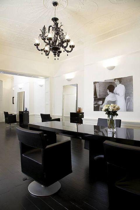 Floor, Room, Interior design, Flooring, Office chair, Ceiling, Light fixture, Furniture, Ceiling fixture, Interior design,