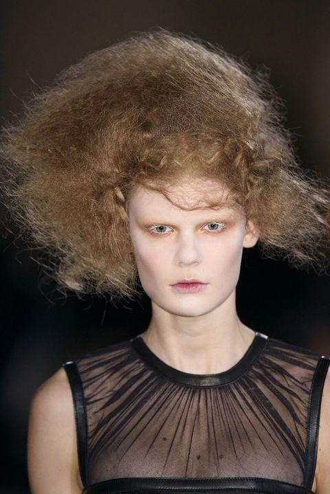 Lip, Hairstyle, Fashion, Neck, Beauty, Flash photography, Portrait photography, Blond, Portrait, Body jewelry,