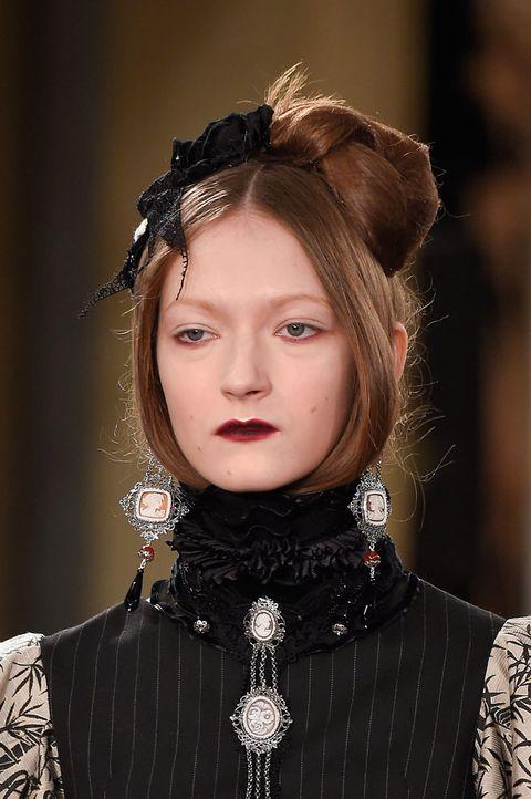 Lip, Hairstyle, Eyebrow, Eyelash, Style, Fashion model, Fashion, Beauty, Model, Eye liner,