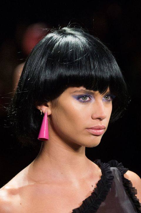 Lip, Hairstyle, Chin, Forehead, Earrings, Eyebrow, Eyelash, Black hair, Style, Bangs,