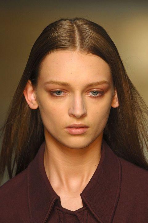 Hair, Lip, Cheek, Hairstyle, Skin, Chin, Forehead, Eyebrow, Collar, Eyelash,