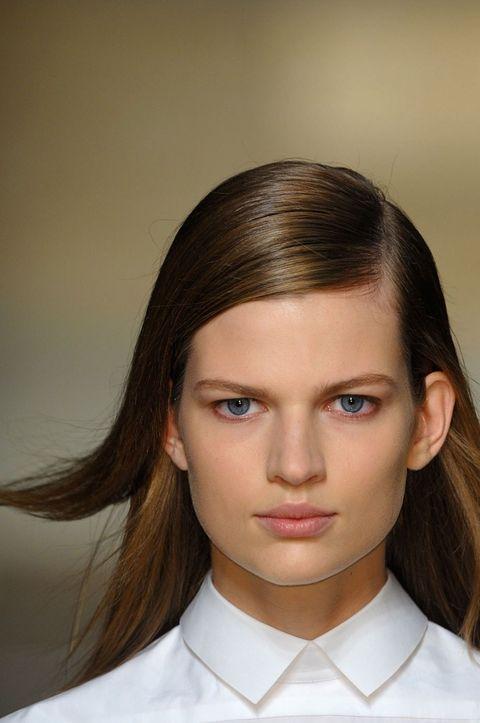 Hair, Lip, Cheek, Hairstyle, Skin, Chin, Forehead, Collar, Shoulder, Eyebrow,