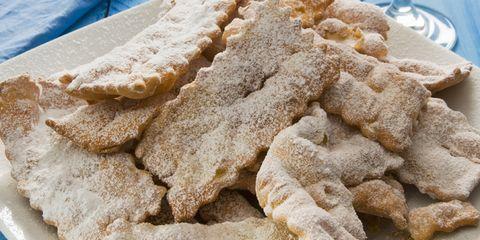 Food, Ingredient, White, Beige, Dish, Recipe, Animal feed, Powdered sugar,