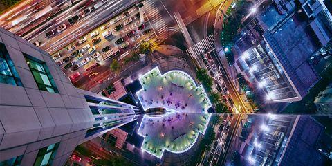 Metropolitan area, Urban area, Night, Metropolis, City, Facade, Landmark, Commercial building, Cityscape, Mixed-use,