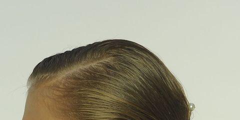 Hair, Ear, Hairstyle, Chin, Forehead, Eyebrow, Style, Jaw, Eyelash, Fashion,