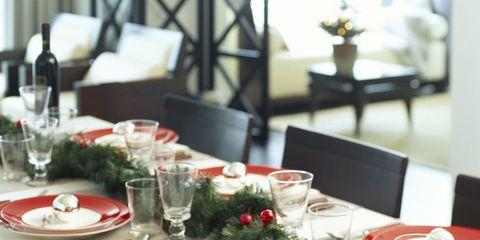 Come decorare la tavola di Natale: l'Atelier del Natale Creativo