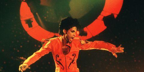 Entertainment, Performing arts, Artist, Performance, Dancer, Performance art, Dance, Talent show, Spectacle,
