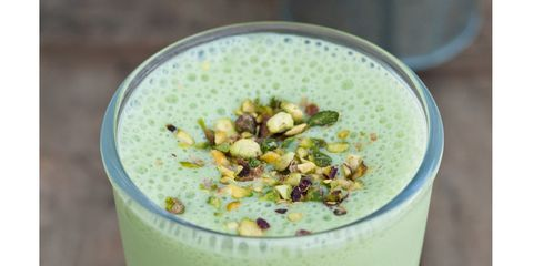 Green, Drink, Food, Health shake, Ingredient, Tableware, Liquid, Juice, Smoothie, Vegetable juice,