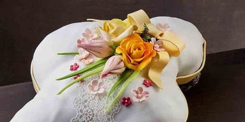 Yellow, Petal, Pink, Flowering plant, Cuisine, Serveware, Rose order, Rose family, Peach, Garden roses,
