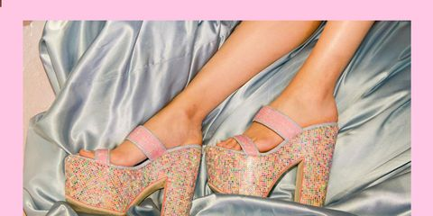 Human leg, Pink, Sandal, Foot, High heels, Peach, Bridal shoe, Tan, Basic pump, Toe,