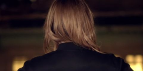 Brown, Sleeve, Shoulder, Back, Darkness, Street fashion, Jacket, Black, Blond, Brown hair,