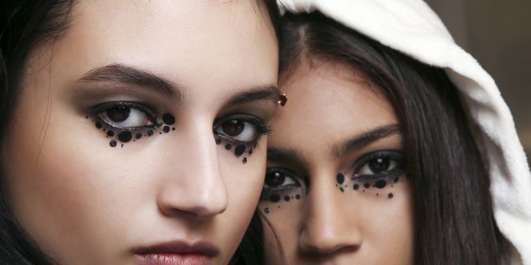 Halloween: 16 foto per realizzare il trucco da strega