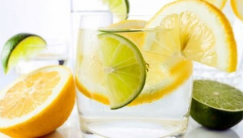 Green, Lemon, Citrus, Yellow, Fruit, Meyer lemon, Tableware, Sweet lemon, Produce, Natural foods,