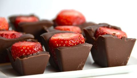 Food, Sweetness, Ingredient, Dessert, Giri choco, Confectionery, Cuisine, Carmine, Chocolate, Recipe,