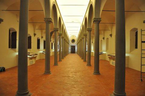 Architecture, Floor, Flooring, Ceiling, Amber, Interior design, Column, Beige, Arcade, Hall,