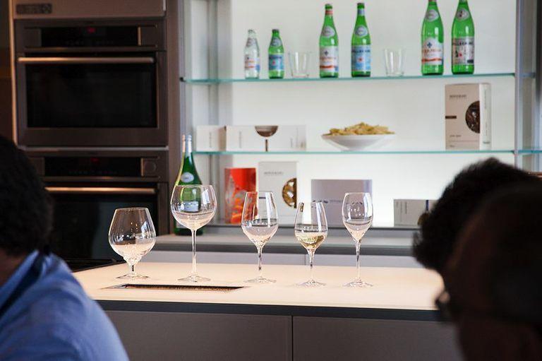 Lezioni di cucina a Expo con Elle Cucina: il galateo del vino