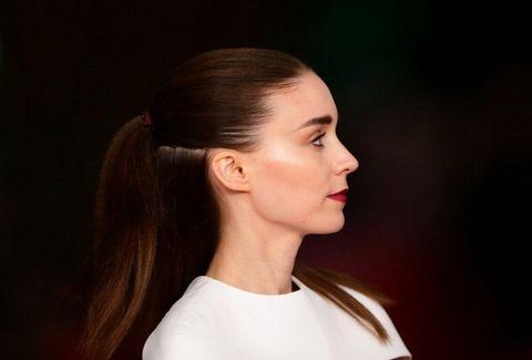 Ear, Lip, Cheek, Brown, Hairstyle, Chin, Forehead, Shoulder, Eyebrow, Earrings,