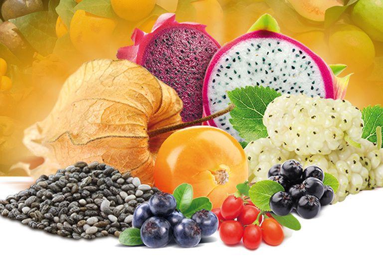 Proprietà delle bacche di goji, semi di chia e di tutti i superfrutti dagli effetti antiossidanti