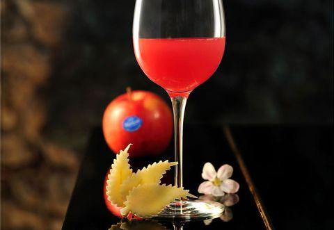 Stemware, Wine glass, Glass, Drink, Barware, Liquid, Cocktail, Drinkware, Tableware, Alcoholic beverage,