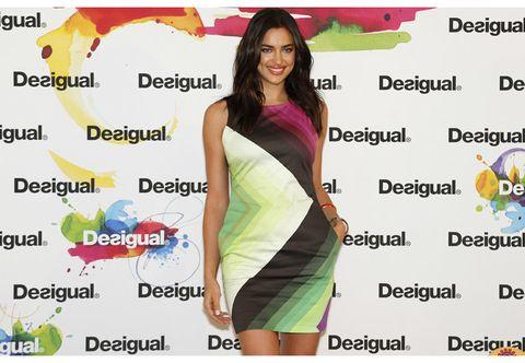 719d6477ebc Un grande spettacolo quello di Desigual durante la sua sfilata al 080  Barcelona Fashion. La capsule collection presentata è stata un'anteprima  della ...
